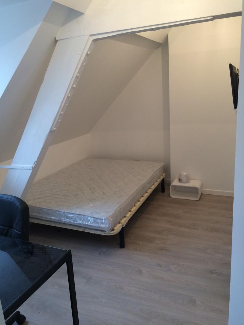 Jolie Chambre dans grande maison de 260m2 et 9 coloc Vauban