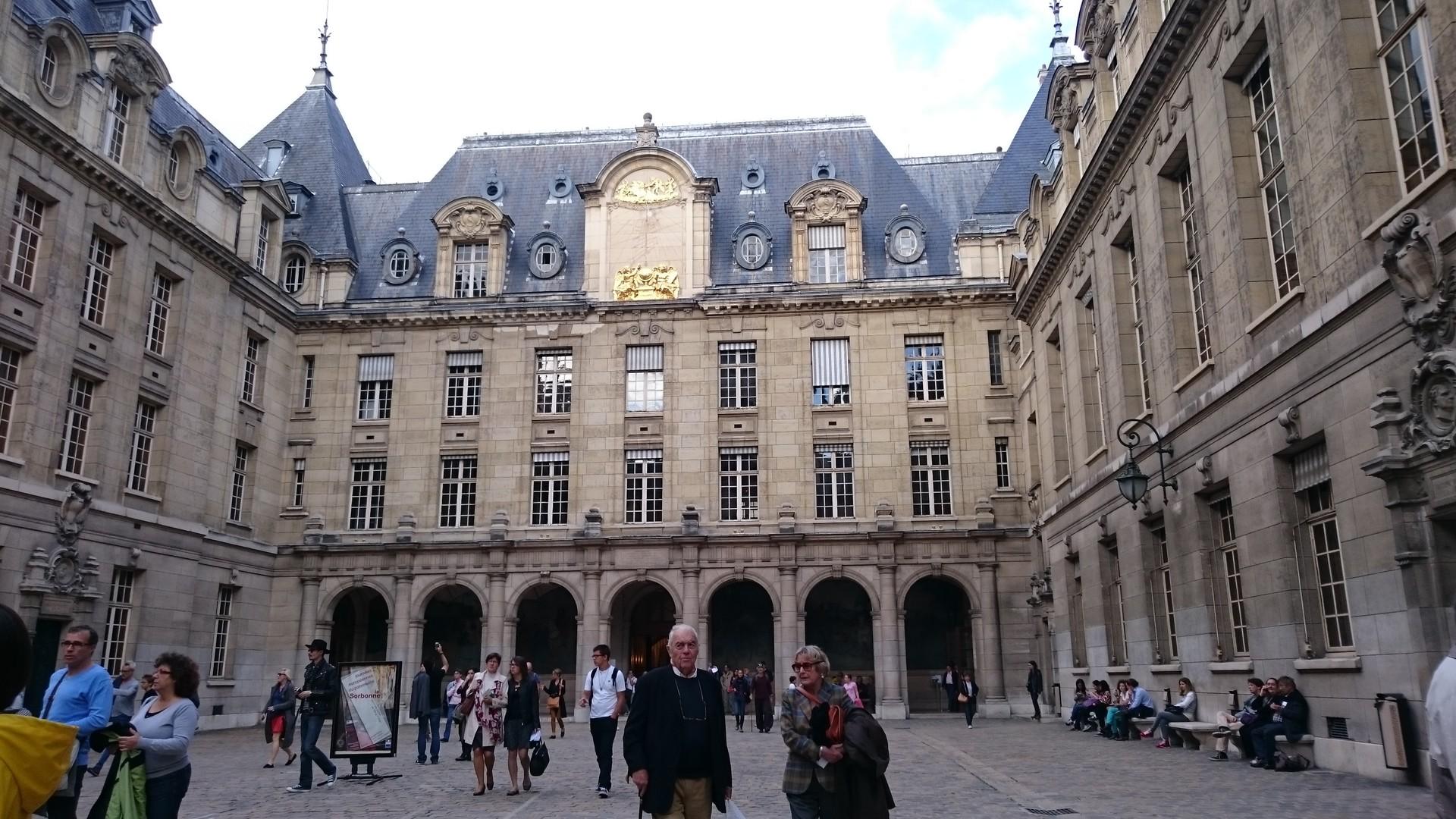 Jours spéciaux à Paris
