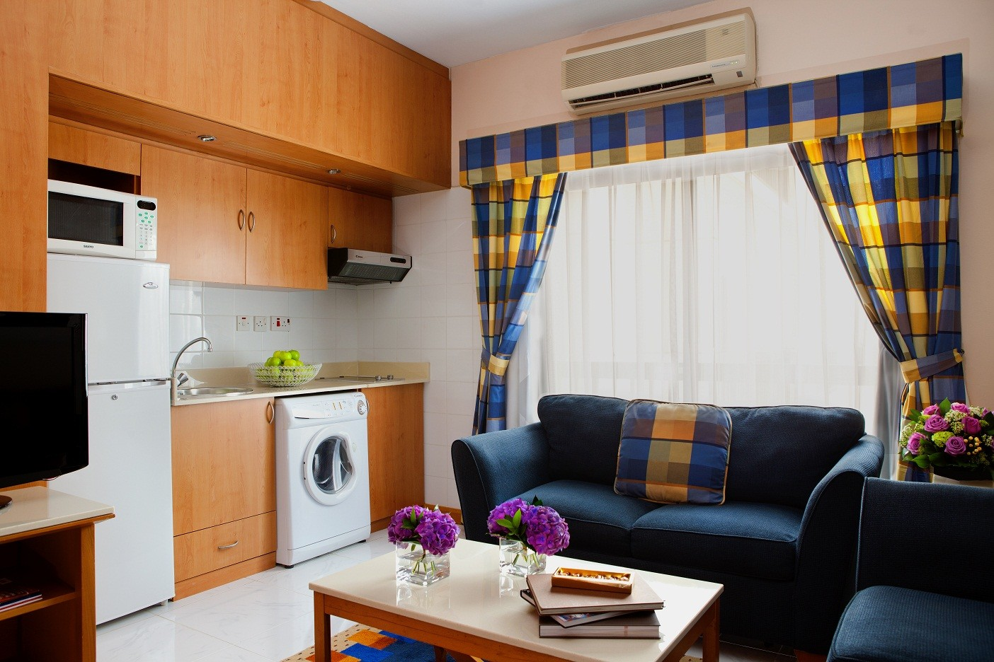 Studio Apartment Size king size studio apartment in dubai | rent studios dubai