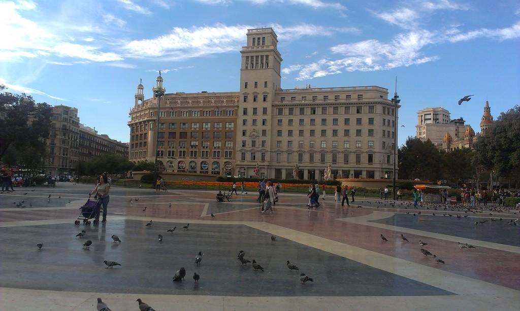Kolejny plac w Barcelonie...