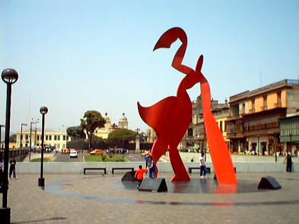 La Alameda in the center of Lima