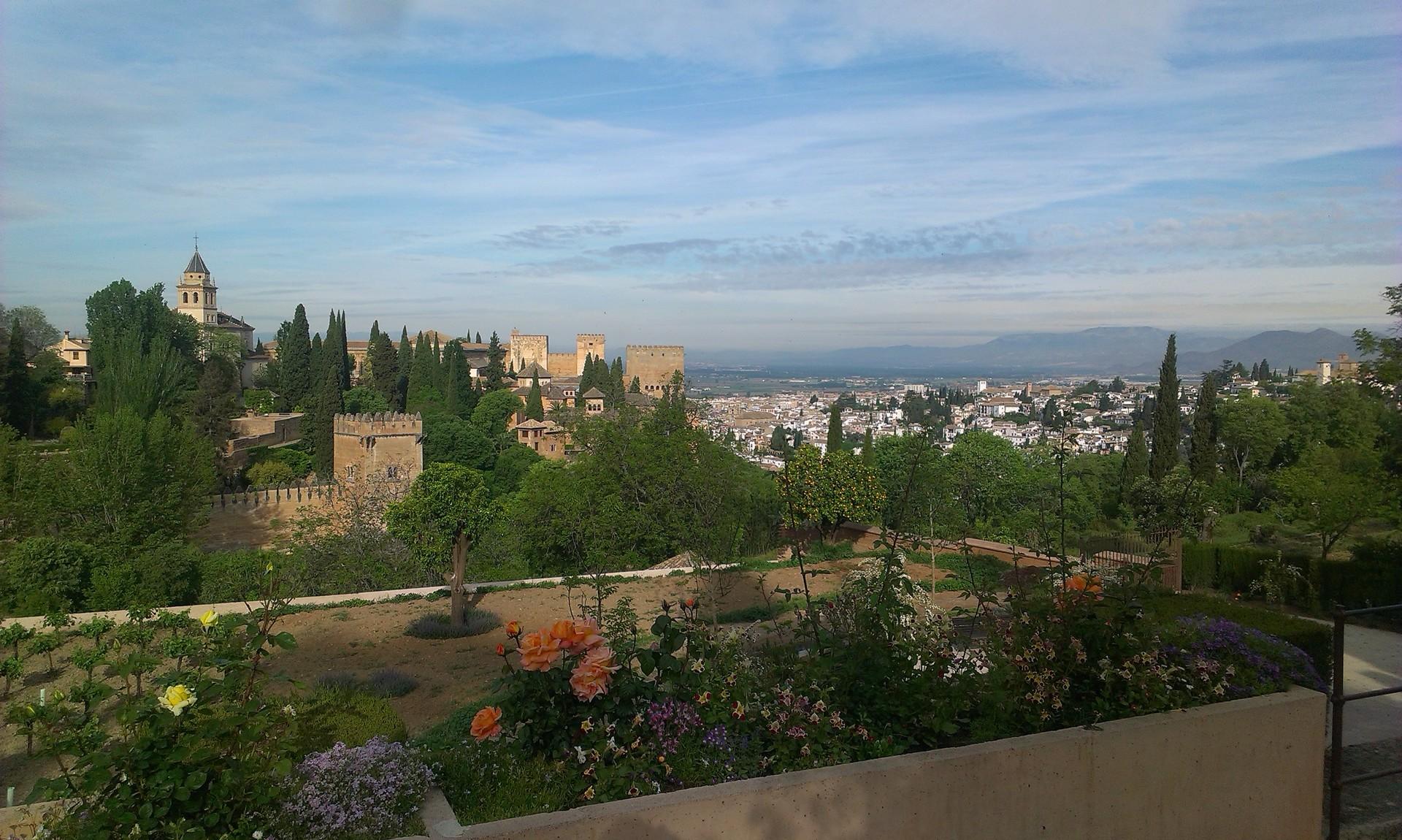 la-alhambra-cittadina-paradisiaca-2ed0e1