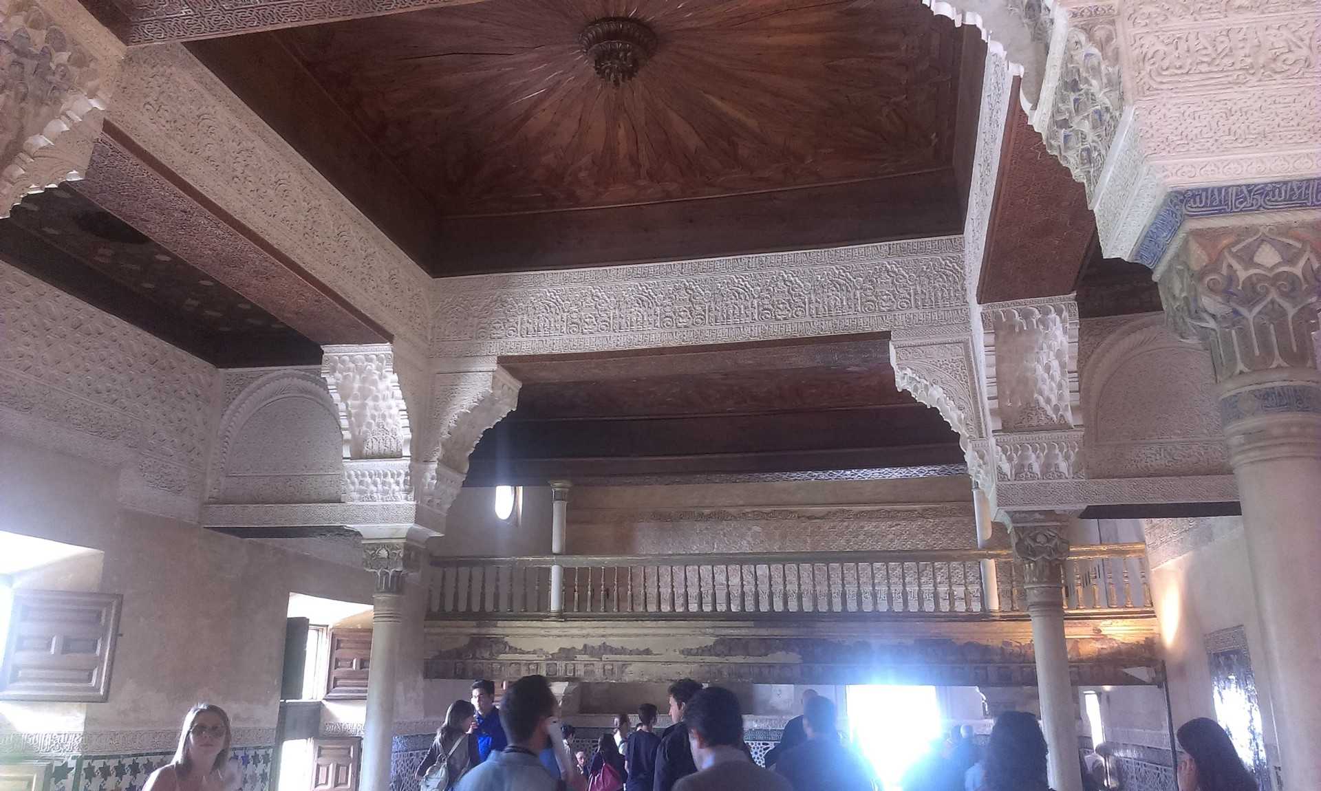 la-alhambra-cittadina-paradisiaca-a3bd1f