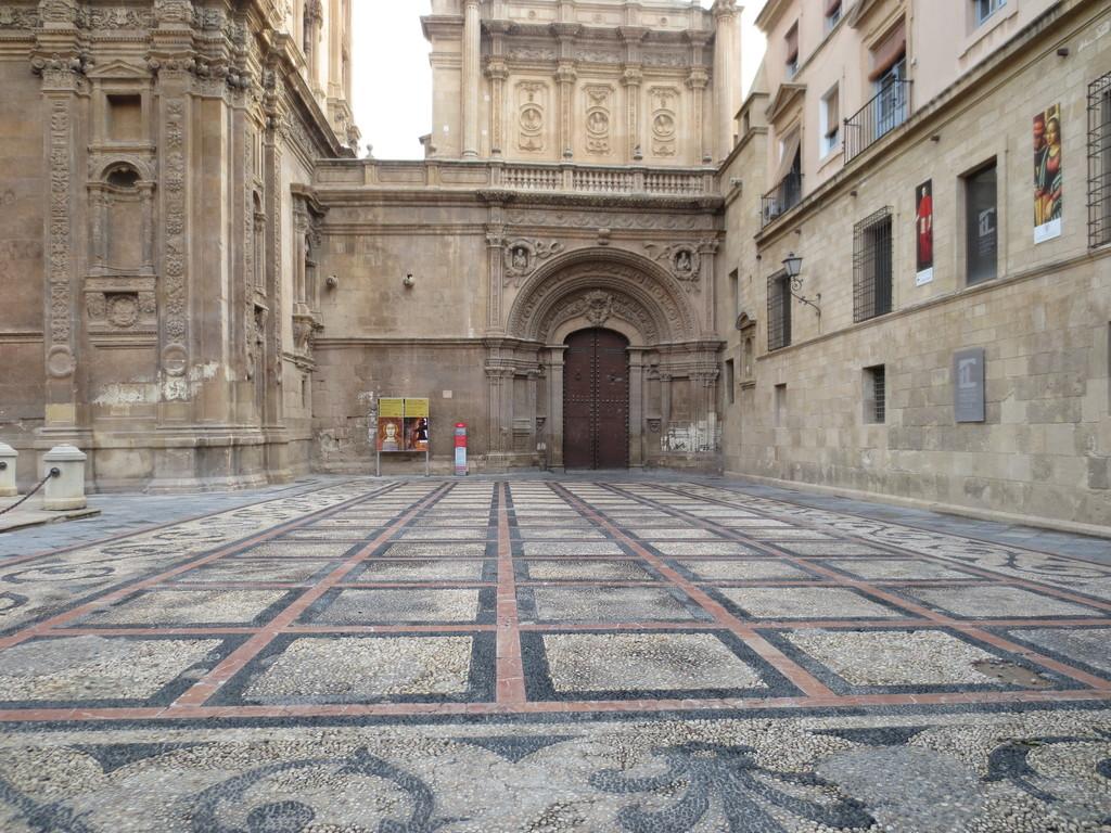 la-bella-catedral-de-murcia-84c1c65ff08f