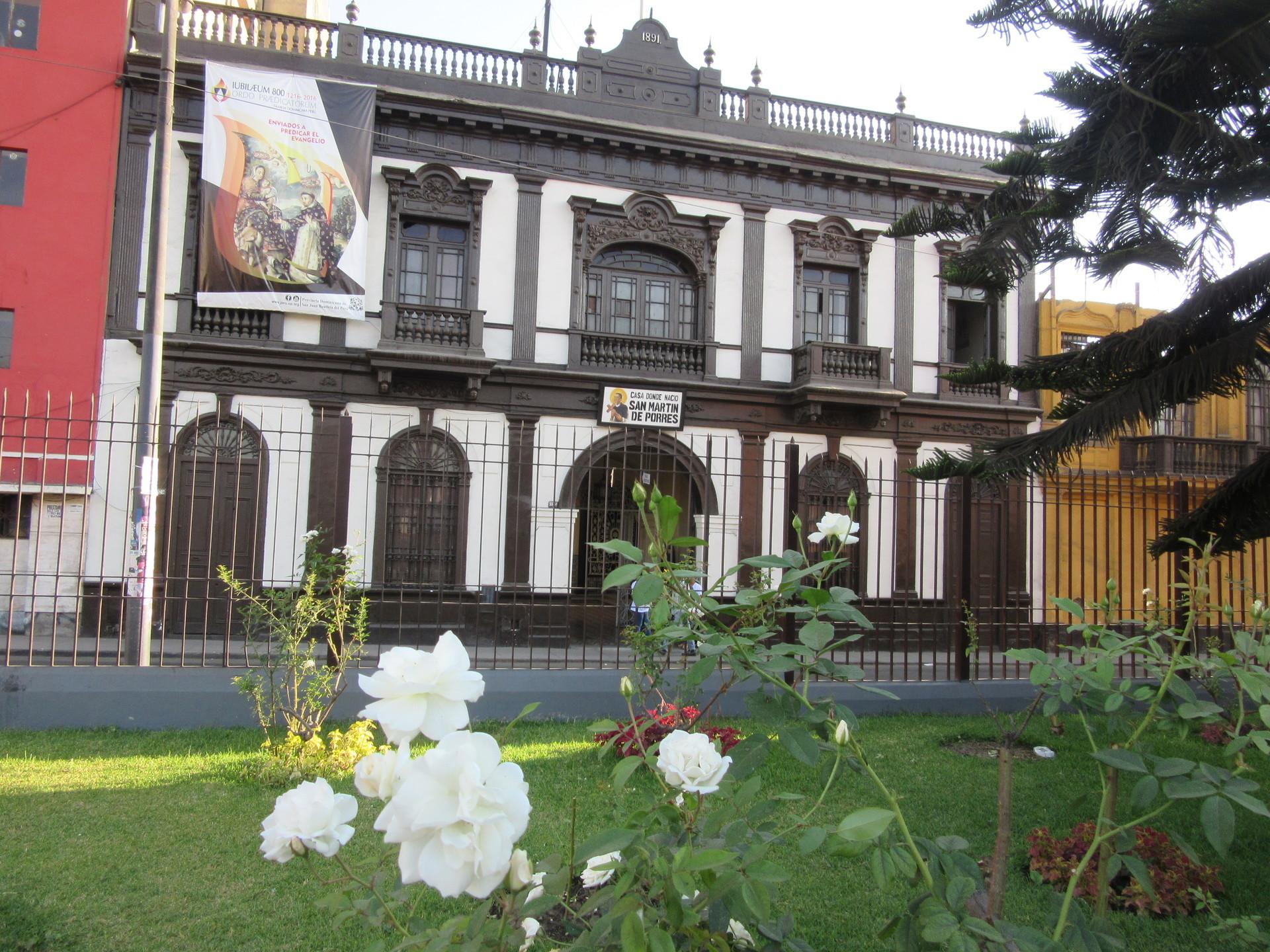 la-casa-santo-mulato-lima-0c007efdb3417d