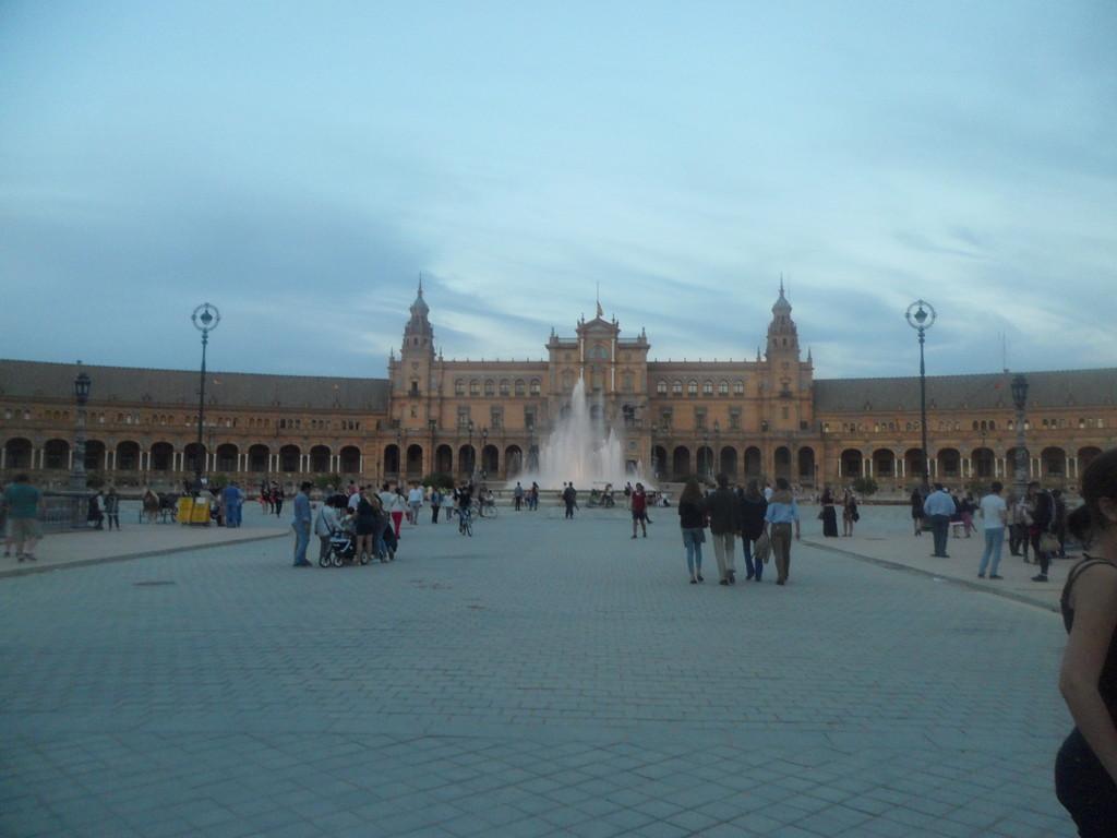 La espléndida Plaza de España