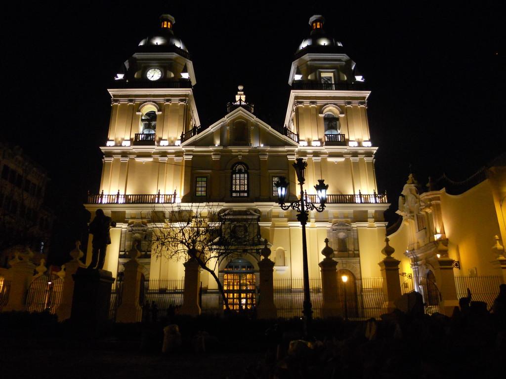 la-iglesia-mas-bella-lima-colonial-d393f