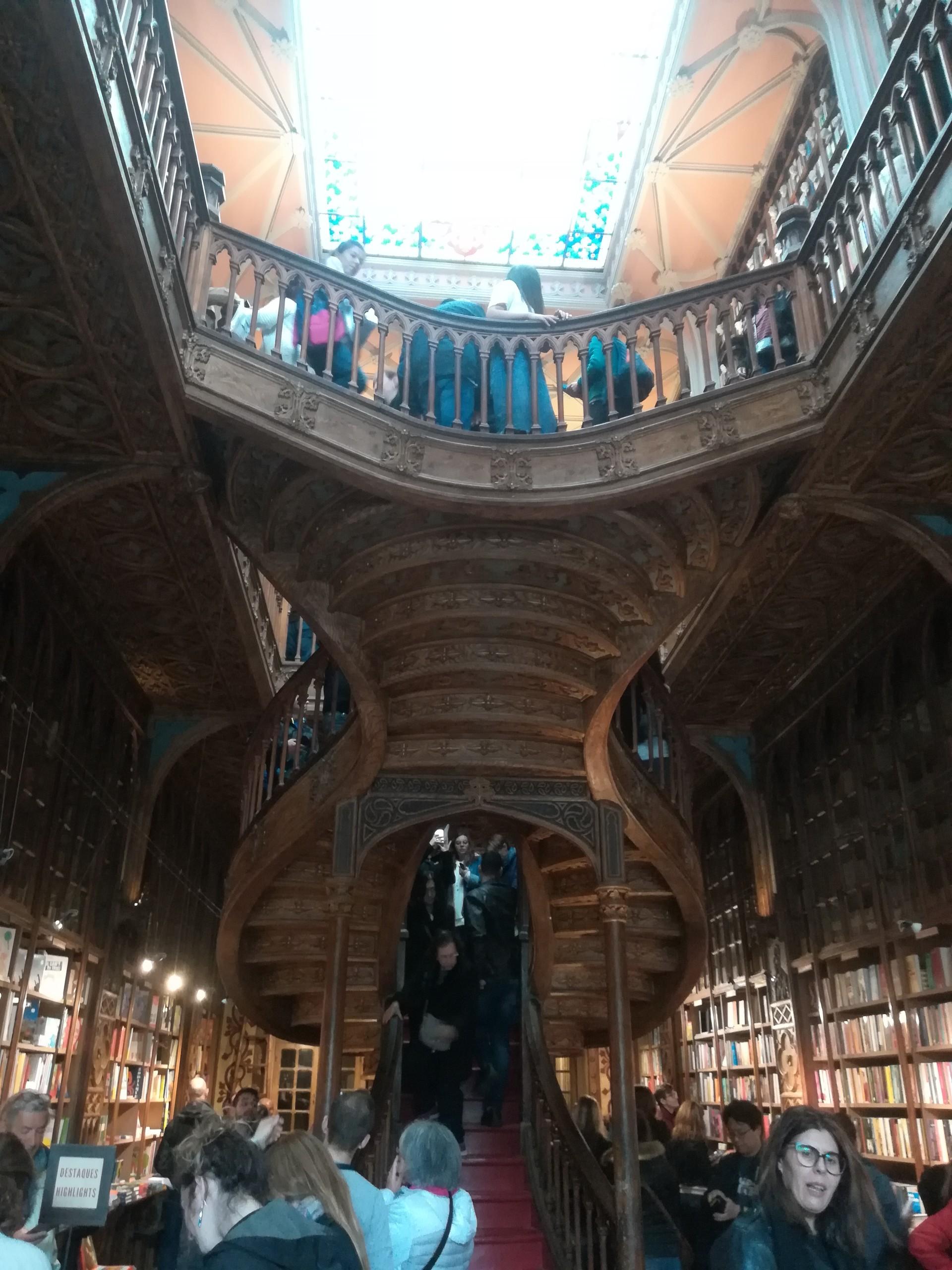 la-librairie-inspire-j-k-rowlings-46f14e32434fa5bcba4e2bbd7649204e.jpg