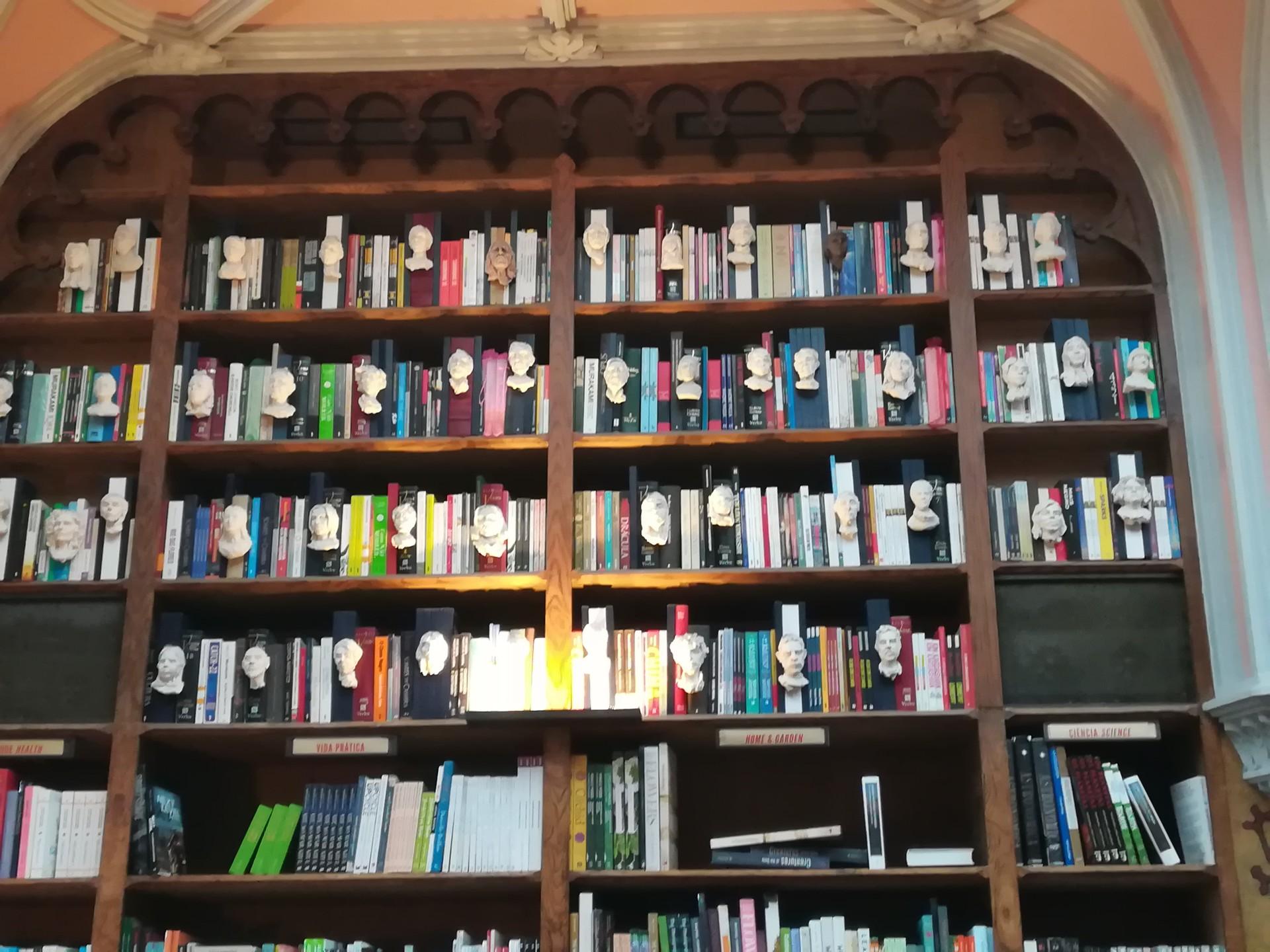 la-librairie-inspire-j-k-rowlings-b92b6c421c5a996b7b03203aefaf8ad7.jpg