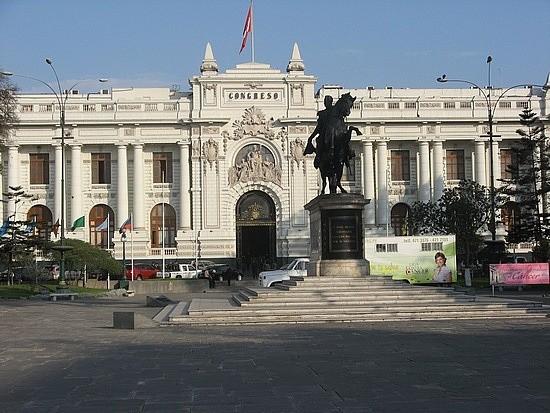 la-plaza-libertador-a46256e4fb9ec1cdb399