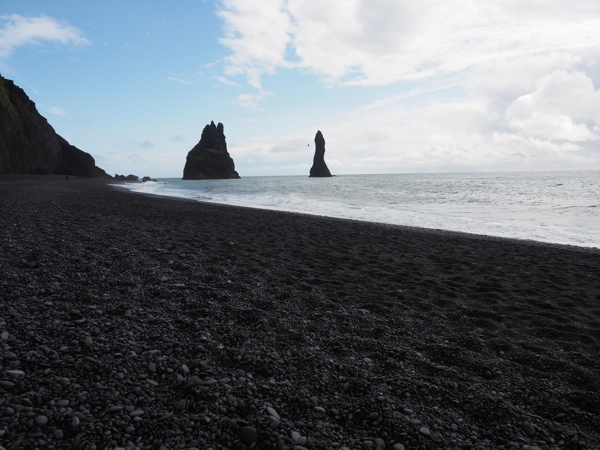 La spiaggia nera di Reynisfjara