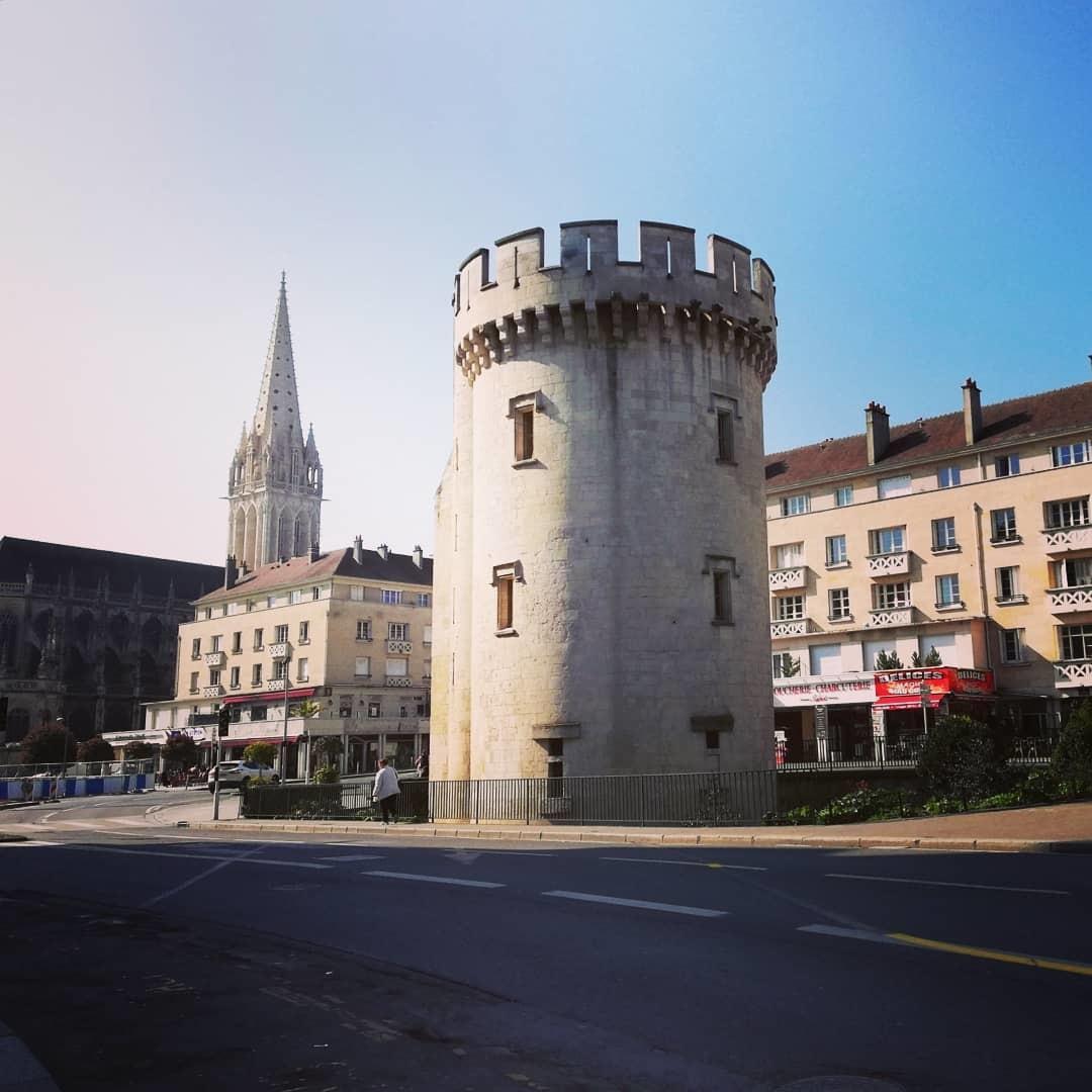 la-ville-aux-cent-clochers-14a67384cae2e