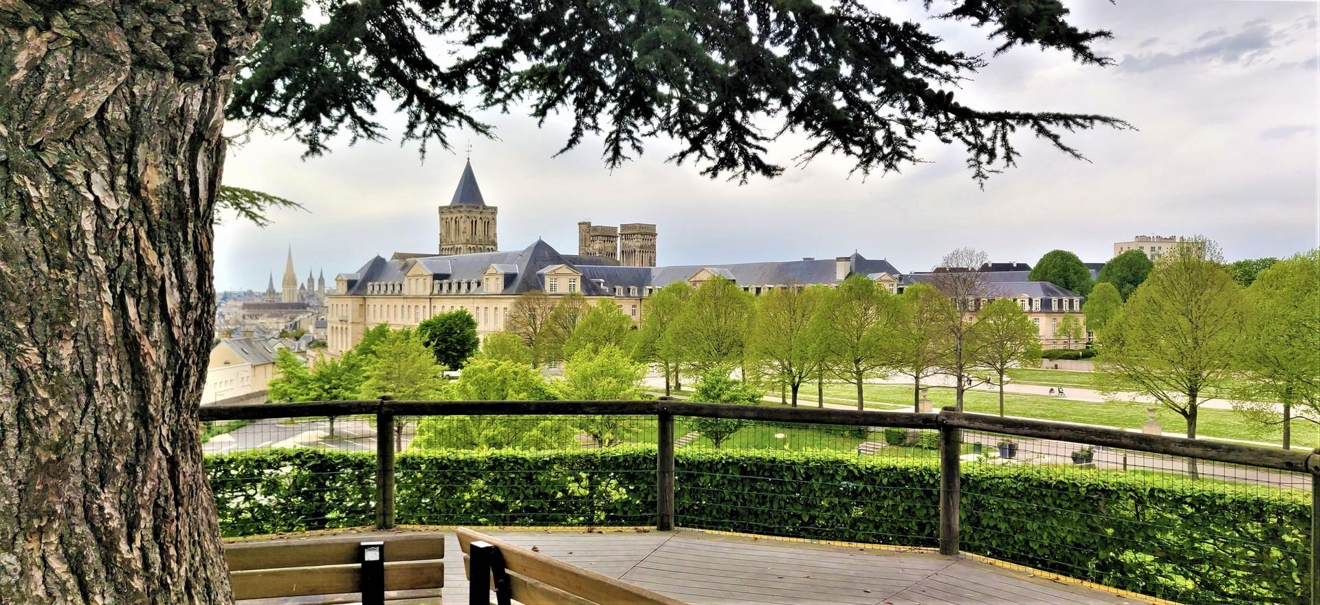 la-ville-aux-cent-clochers-4d084e1e57d8d