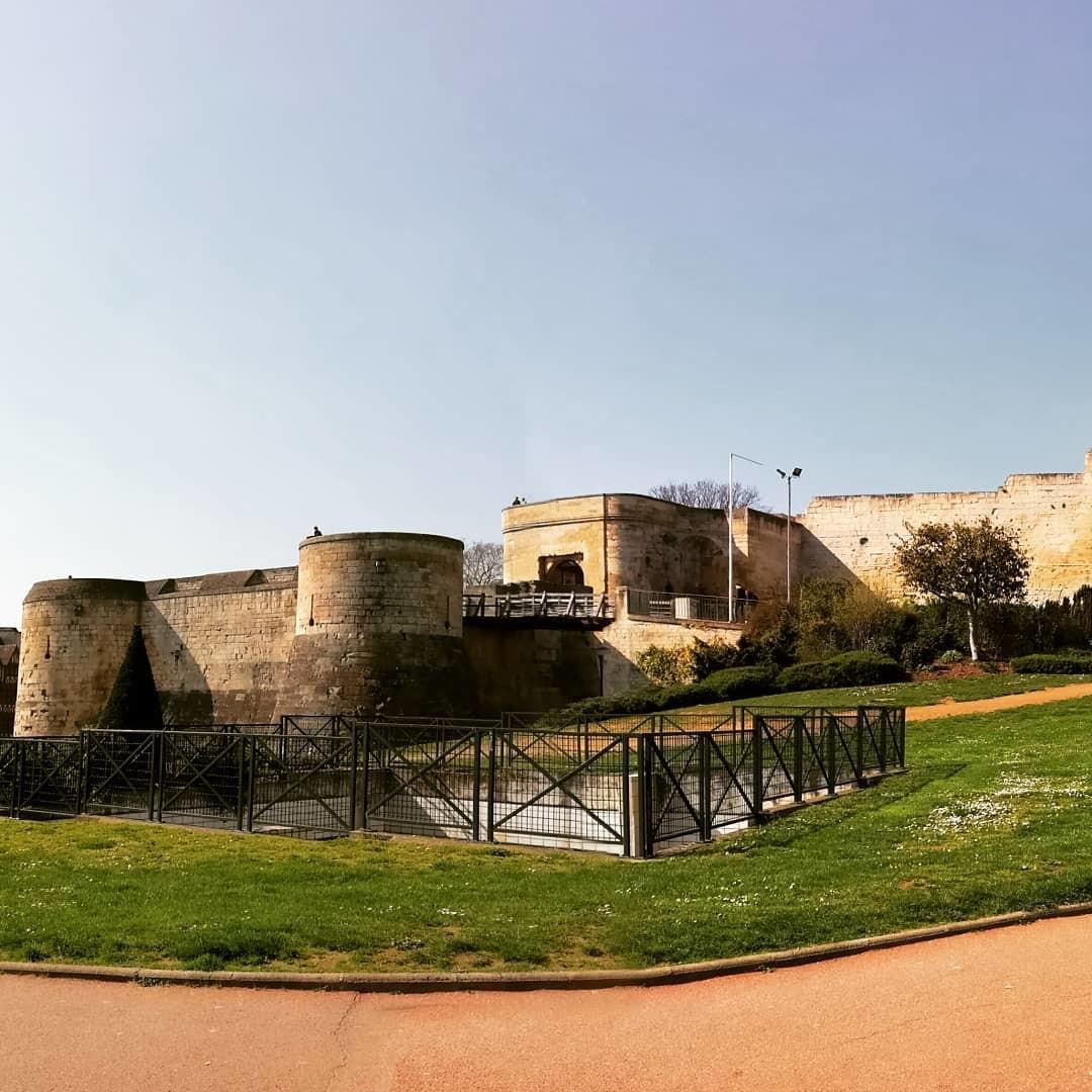la-ville-aux-cent-clochers-8e54fc92b8c9d