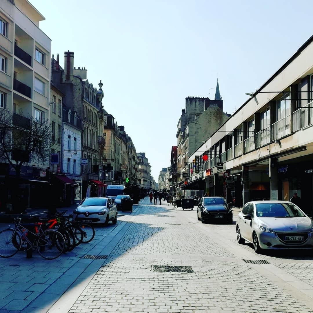 la-ville-aux-cent-clochers-b38db450e737a