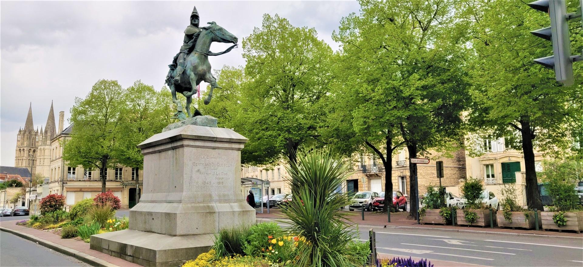 la-ville-aux-cent-clochers-f639e9348218c
