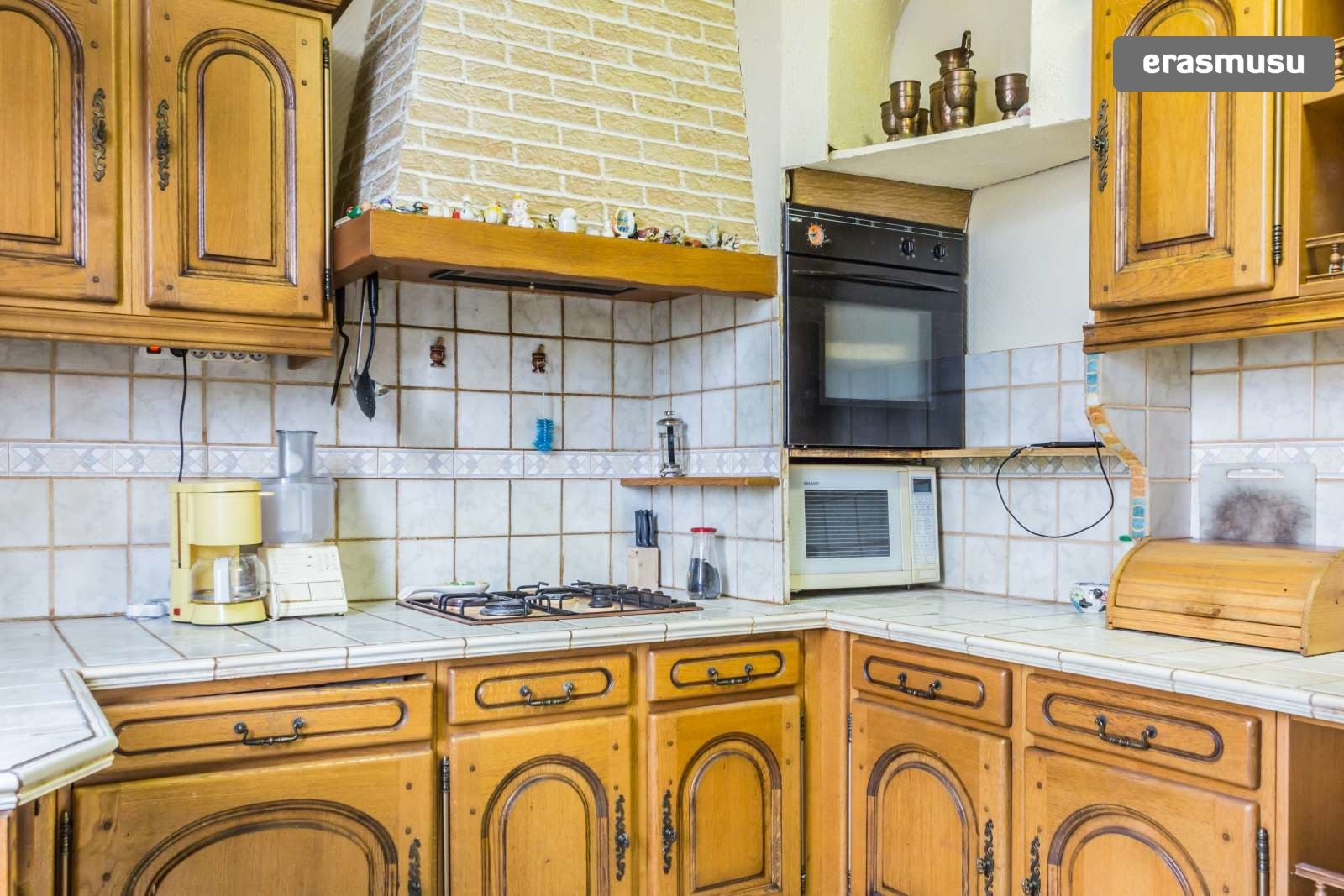 large-1-bedroom-apartment-dryer-rent-villeurbanne-area-64c4a0ce4