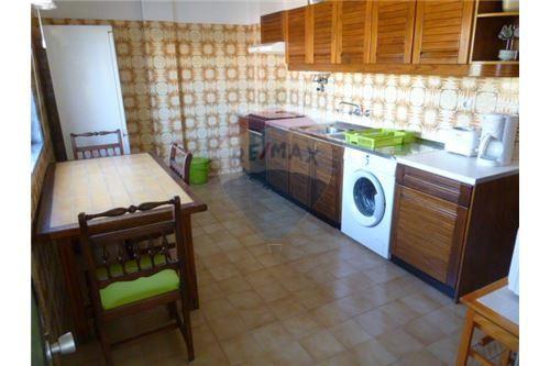 large-apartment-near-campus-da-penha-317680ed764c1439378da1449db3da63