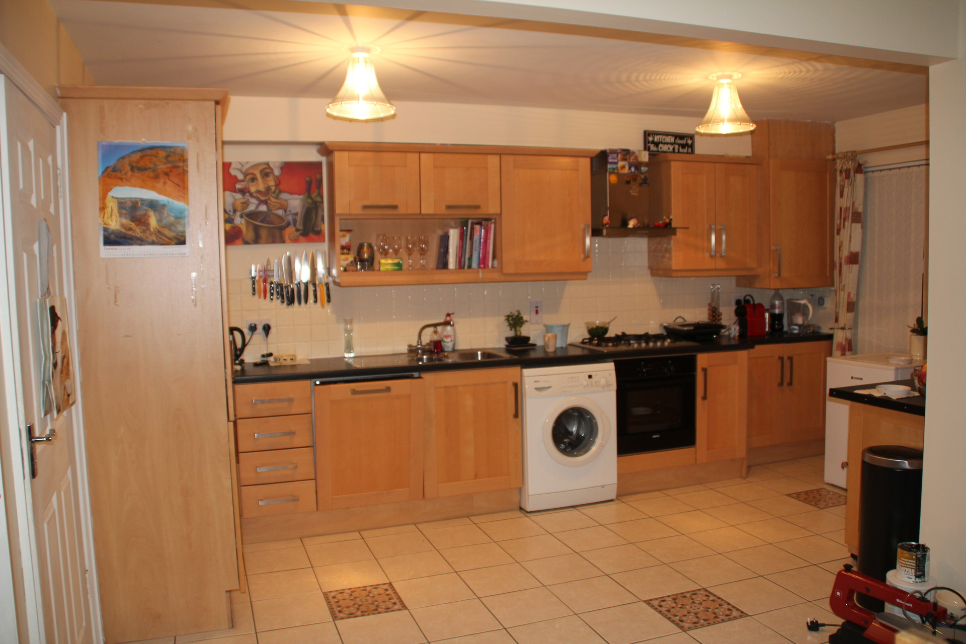Large Attic Apartment In Dublin Near Airport, 3 Single Beds, Sha