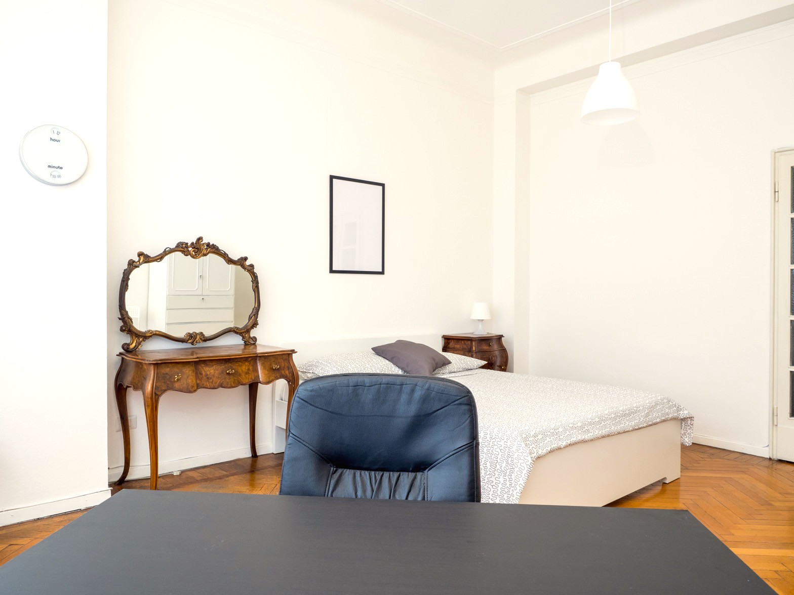 Milano Bedroom Furniture Large And Beautiful Bedrooms In The Heart Of Milano Room For