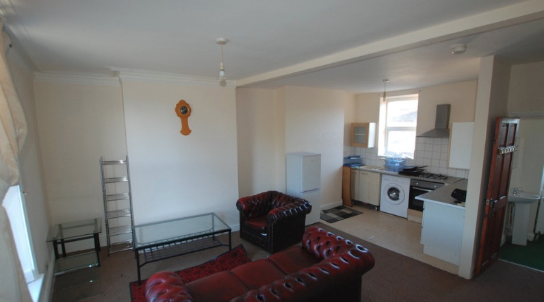 large beautiful flat with a great price