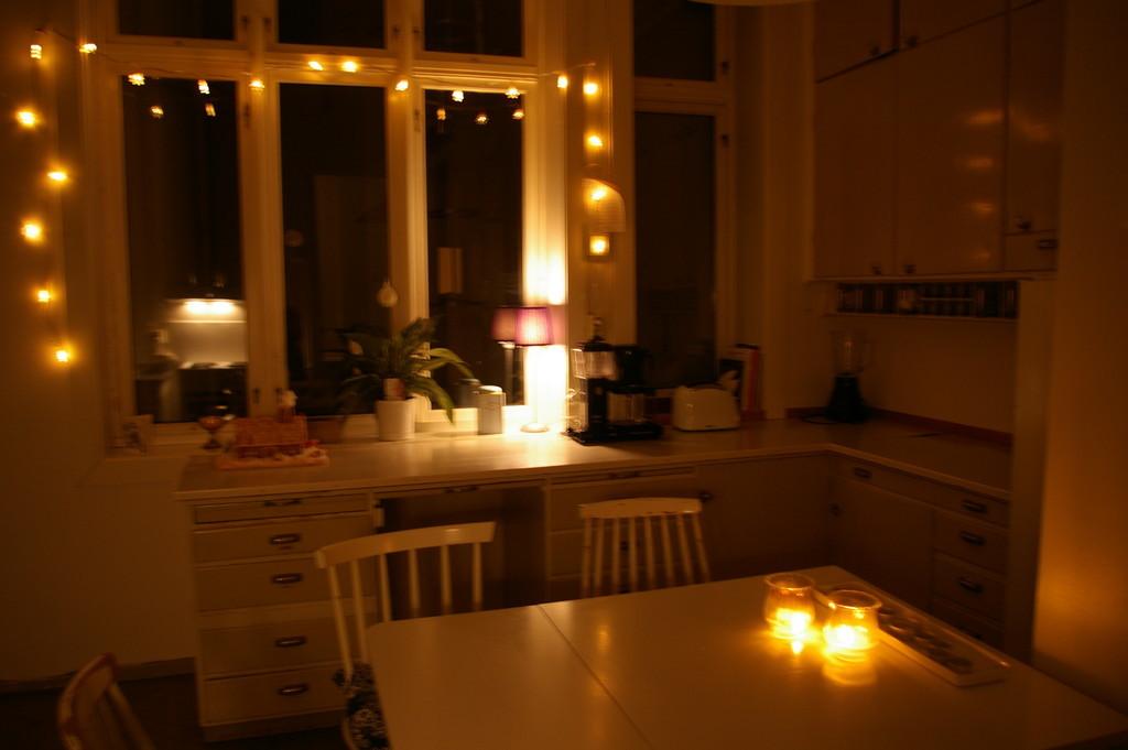 large-bright-room-persons-center-bergen-3d3fa9dbda97d994d7f9db865bd8d61d