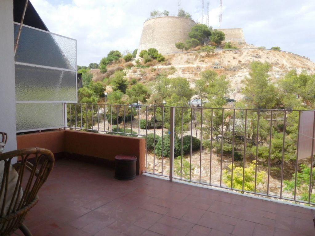 large-equipped-apartment-alicante-center-terracce-12625dc4318b206d66c33fa130885a58