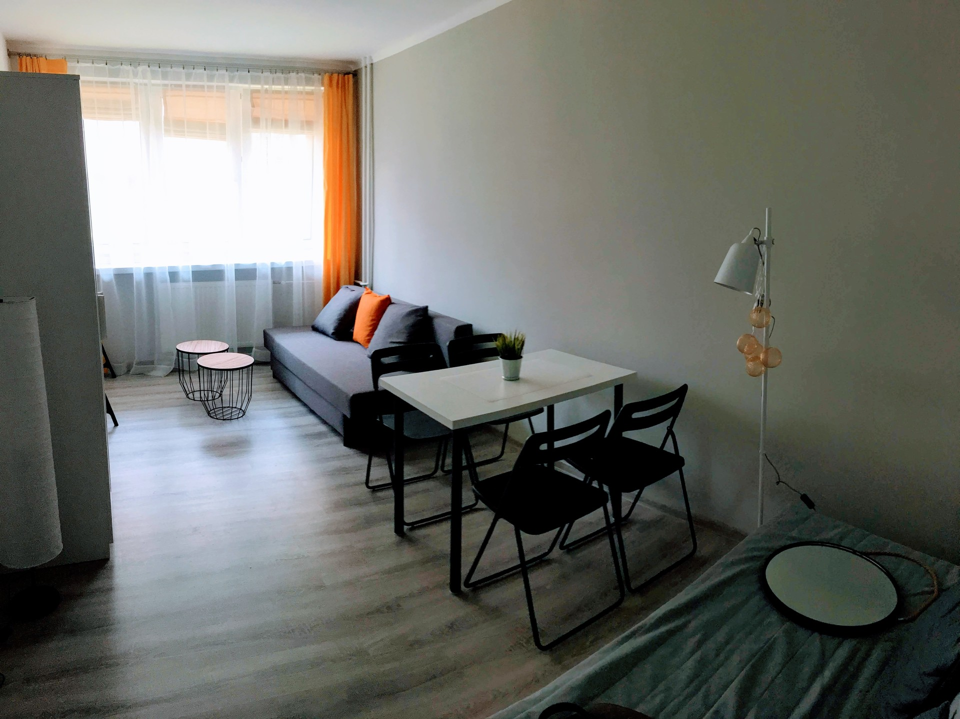 Large Room In 2 Bedroom Apartment For 1 2 Person University Dorm Katowice