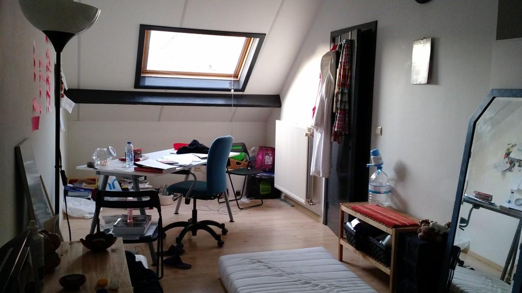 large-room-city-centre-leuven-b4e5db96ea05d2cf31ecabc734a15226