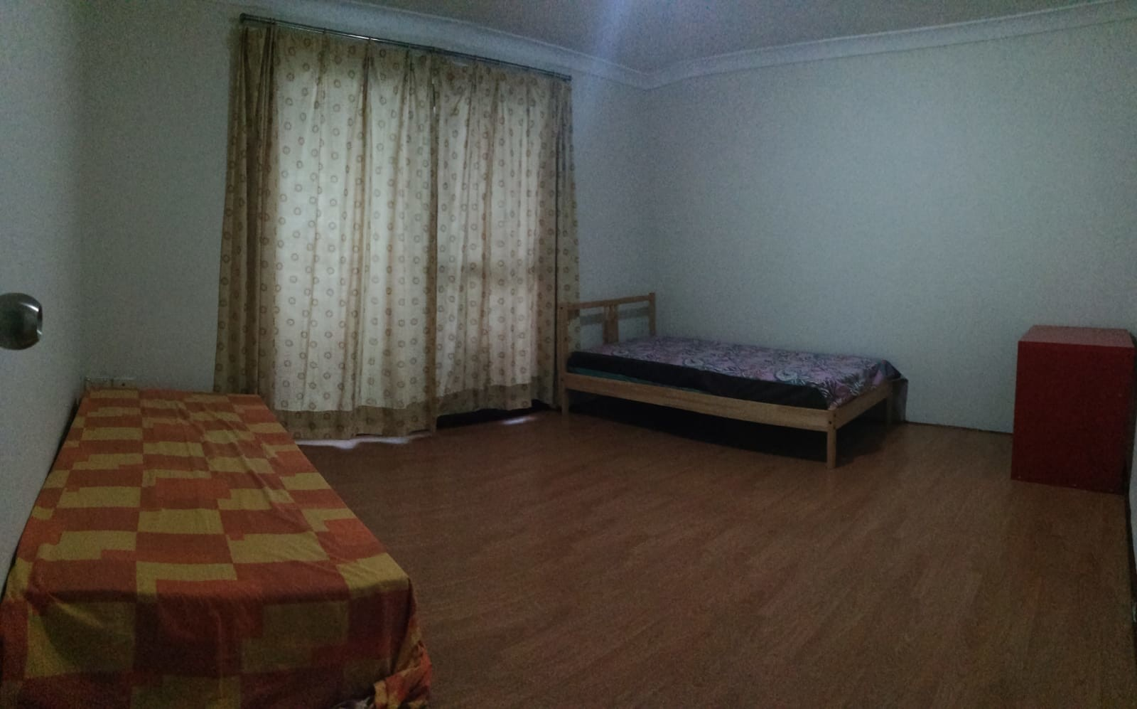 Large room for two females near Roselands Shopping Centre