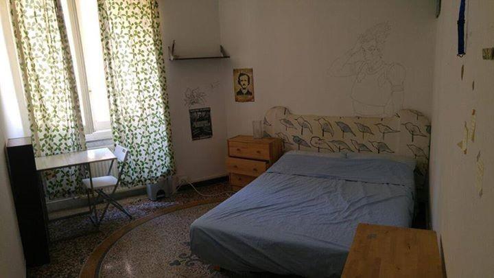 large-room-genova-centre-451253d7ba570465301a0325a9356da2