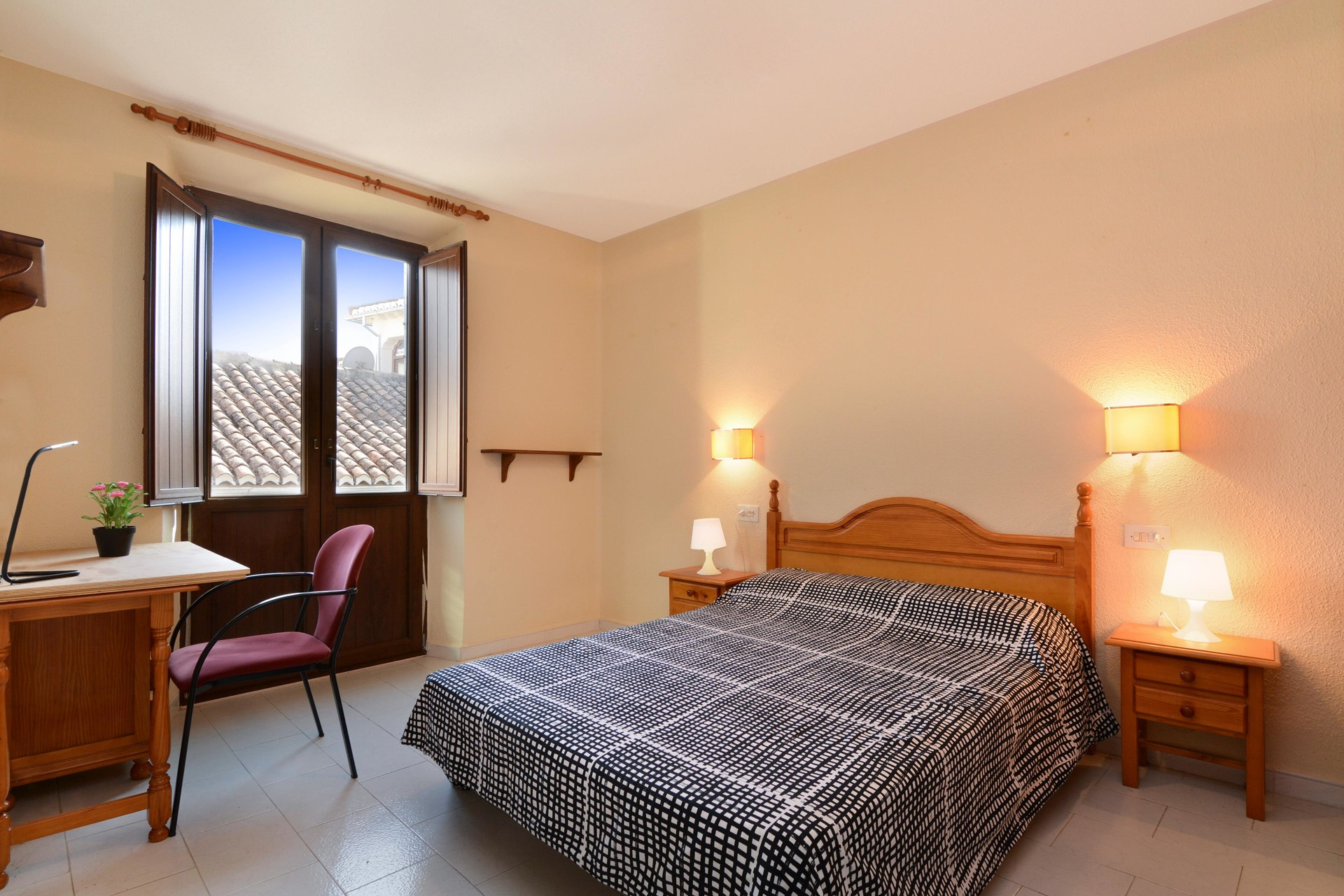 large-room-shared-flat-central-granada-ff1d60a09b52b1a6e35f06ff06efbb60