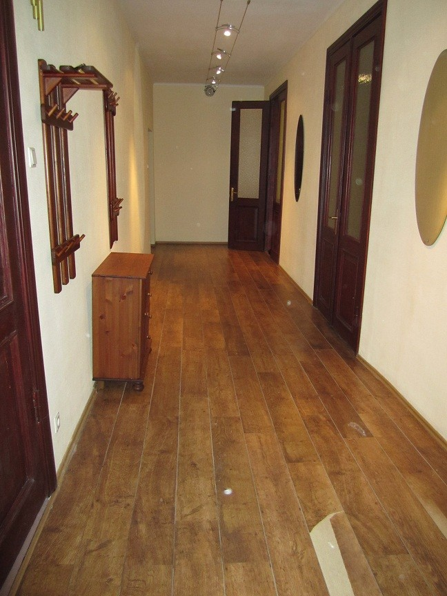 Large and sunny apartment in the Center of Riga for 3-4-5 people