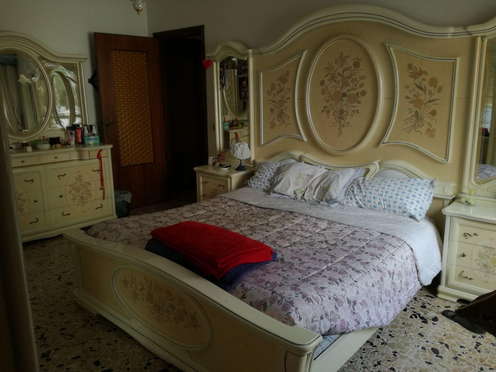 large-sunny-badroom-near-university-7aa649665fb3da255d9b142823d6b72e