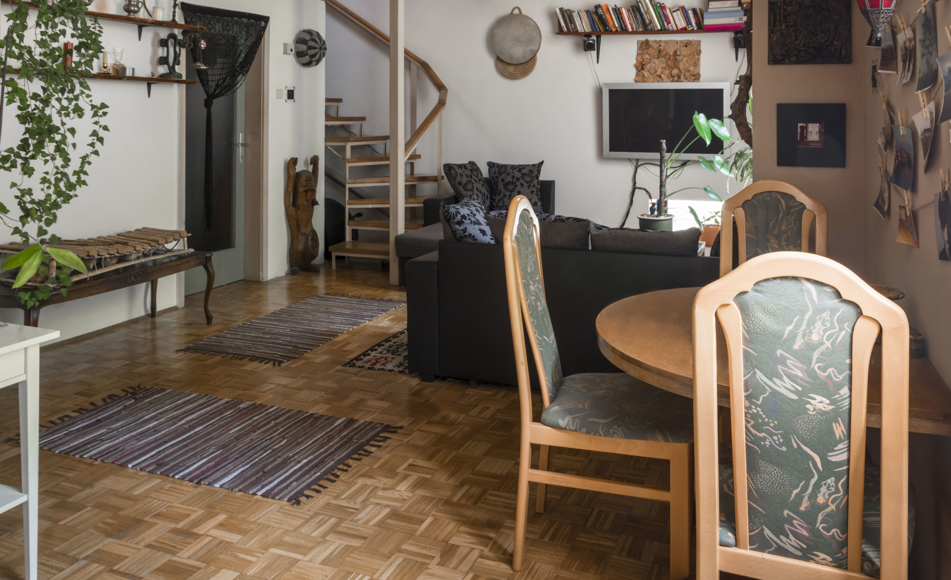 large-sunny-mansard-type-apartment-center-ljubljana-7d73f9b737da220d67b7c24eb0298d6e