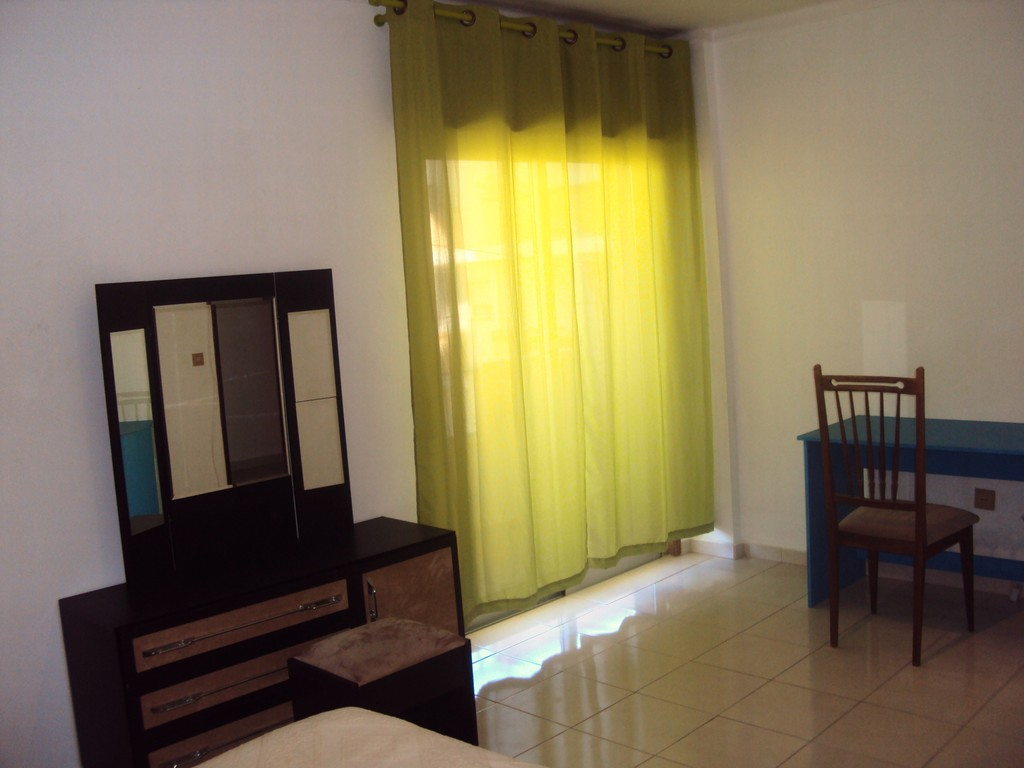 large-sunny-rooms-faro-fd163ada1ee3fbf1db35df5649875f9e
