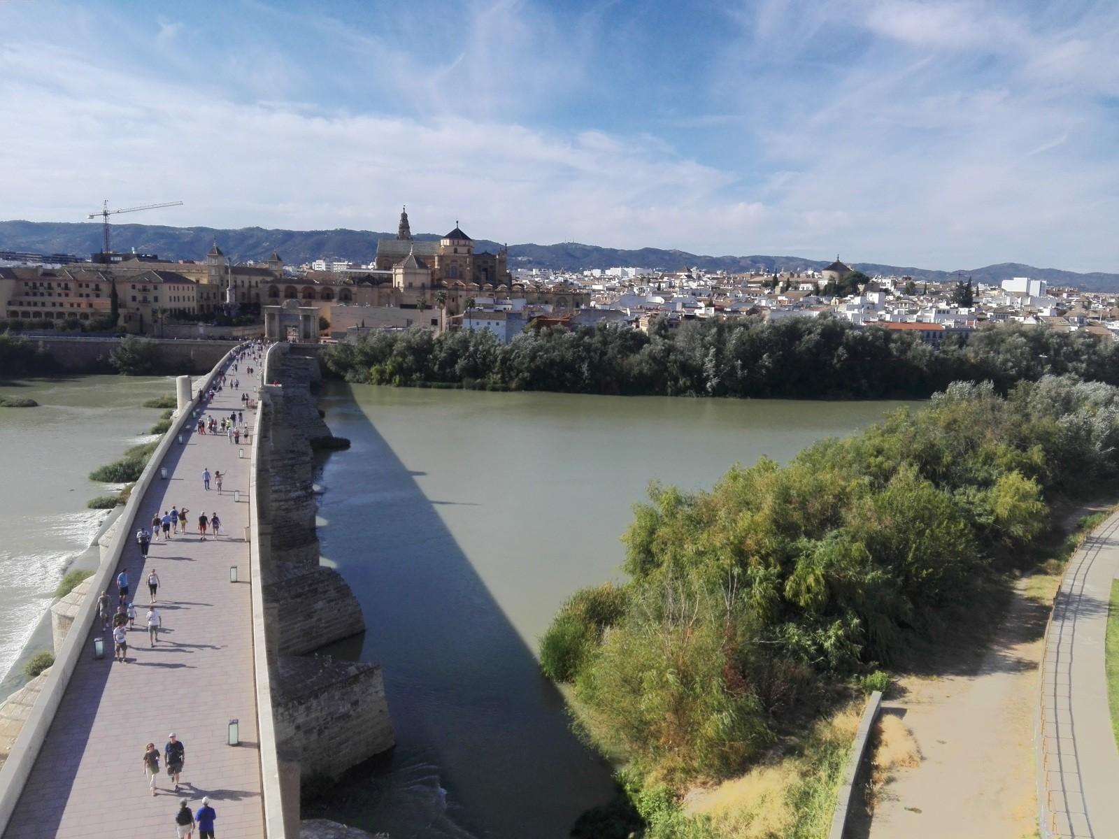 las-mejores-vistas-hacia-ciudad-lado-rio