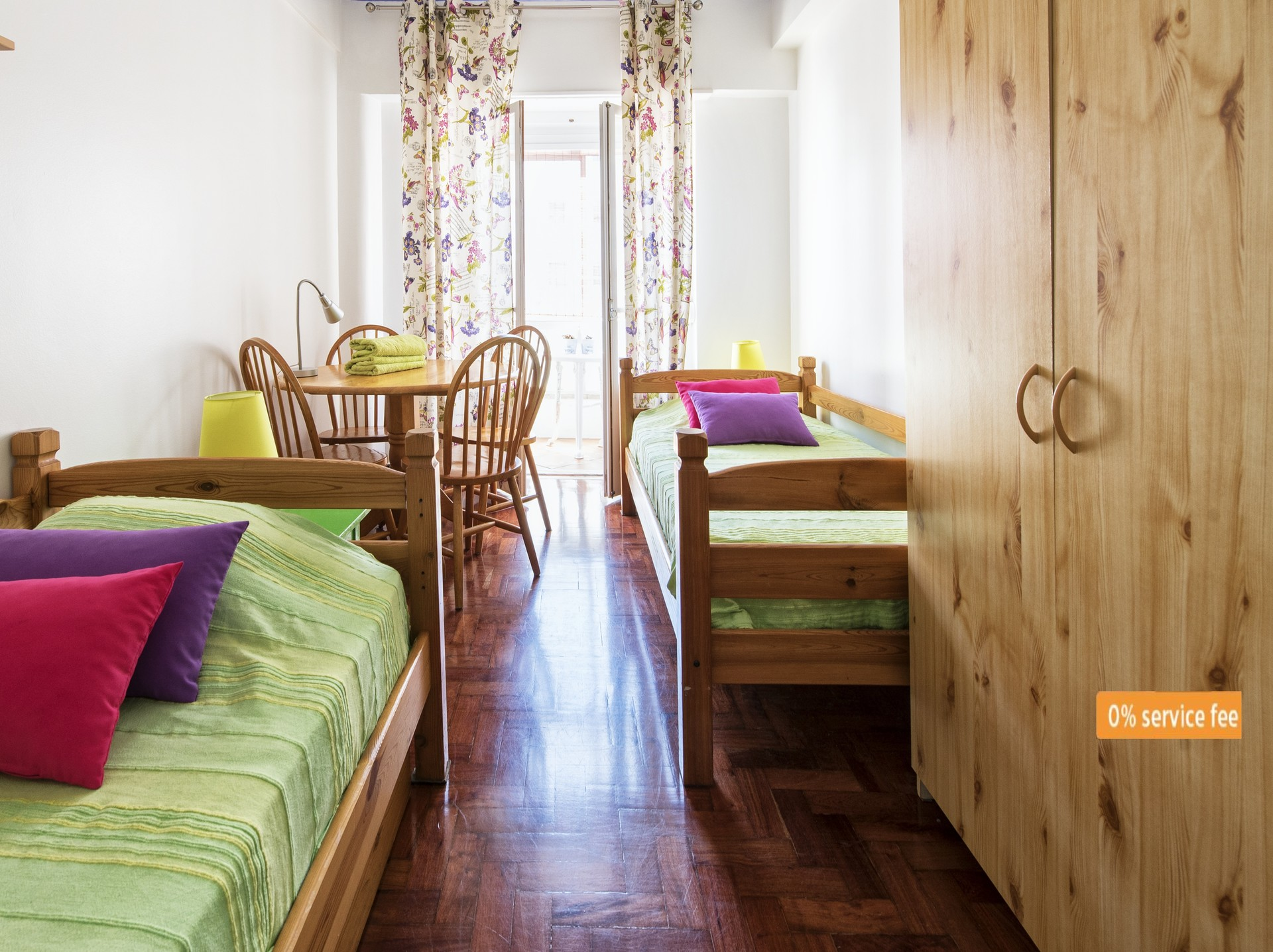last-double-room-picoas-m-station-yellow-lineextra-bed-guestsucatolicaunova-istlisbons-univ-ef84cd768f9f2f0181bbdcd13cefc0ee