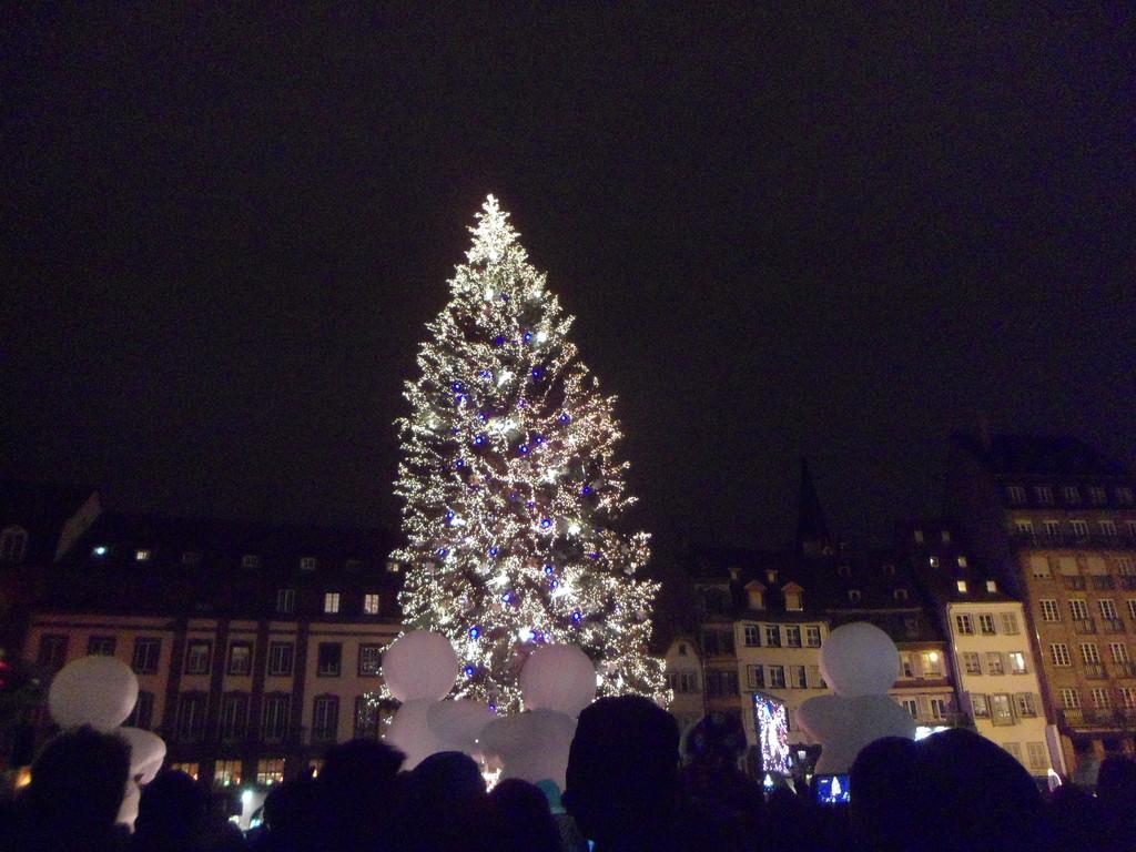 le-lumineux-marche-de-noel-35088441b5099