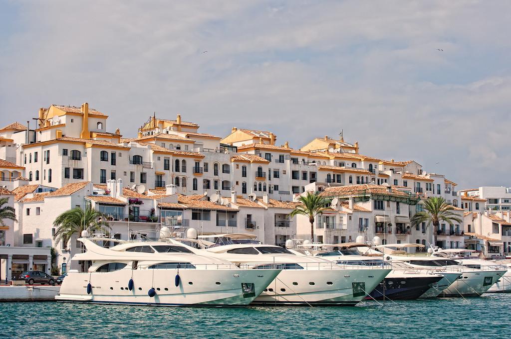le-port-de-marbella-71c37d74840d72437fb3