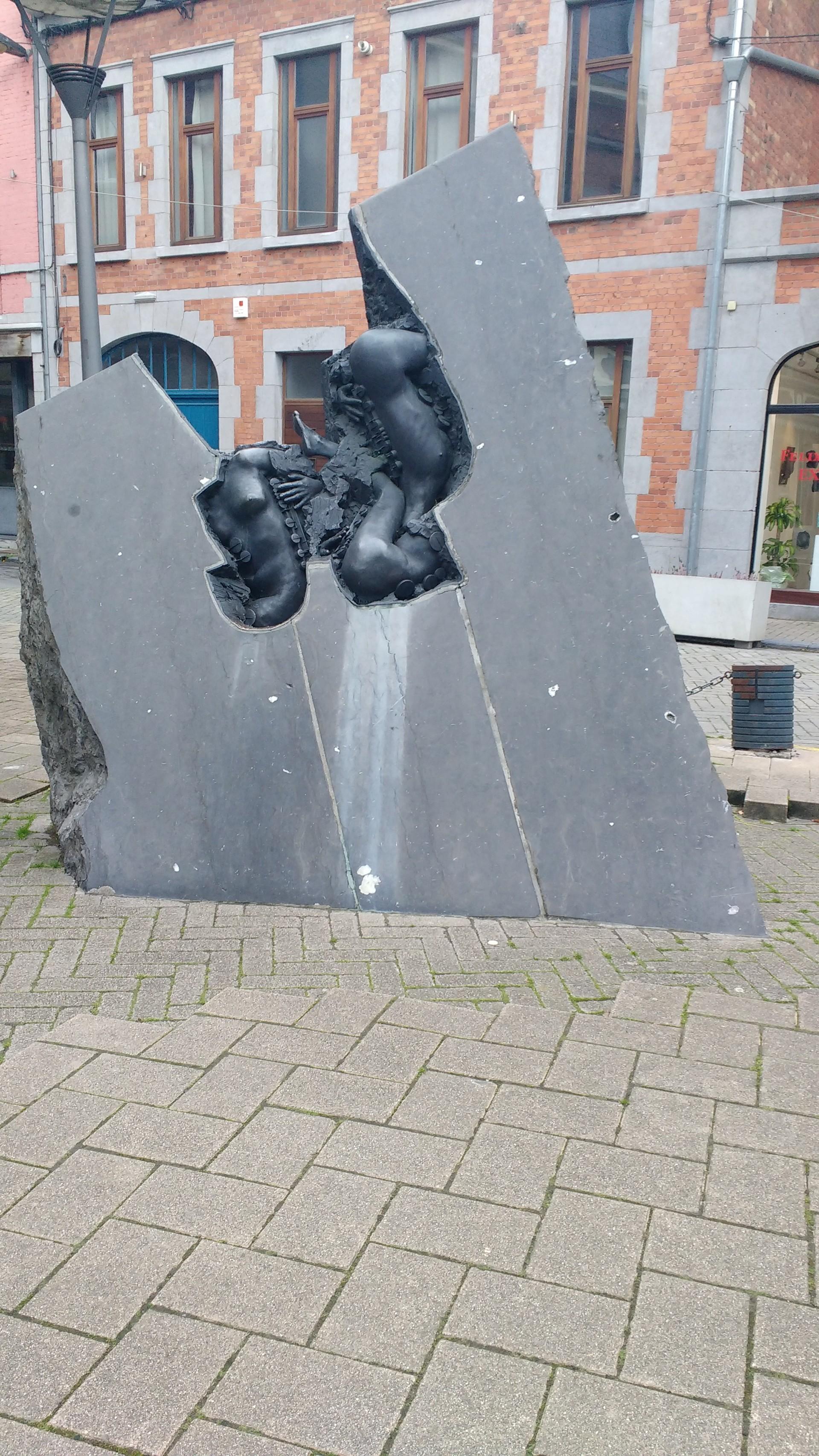 le-sculture-felix-rodin-dinant-97a393d22