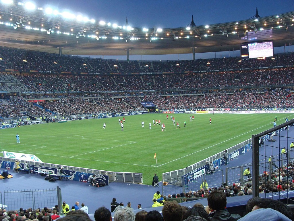 Les 26 meilleurs stades de football d 39 europe g n ral - Capacite d accueil stade de france ...