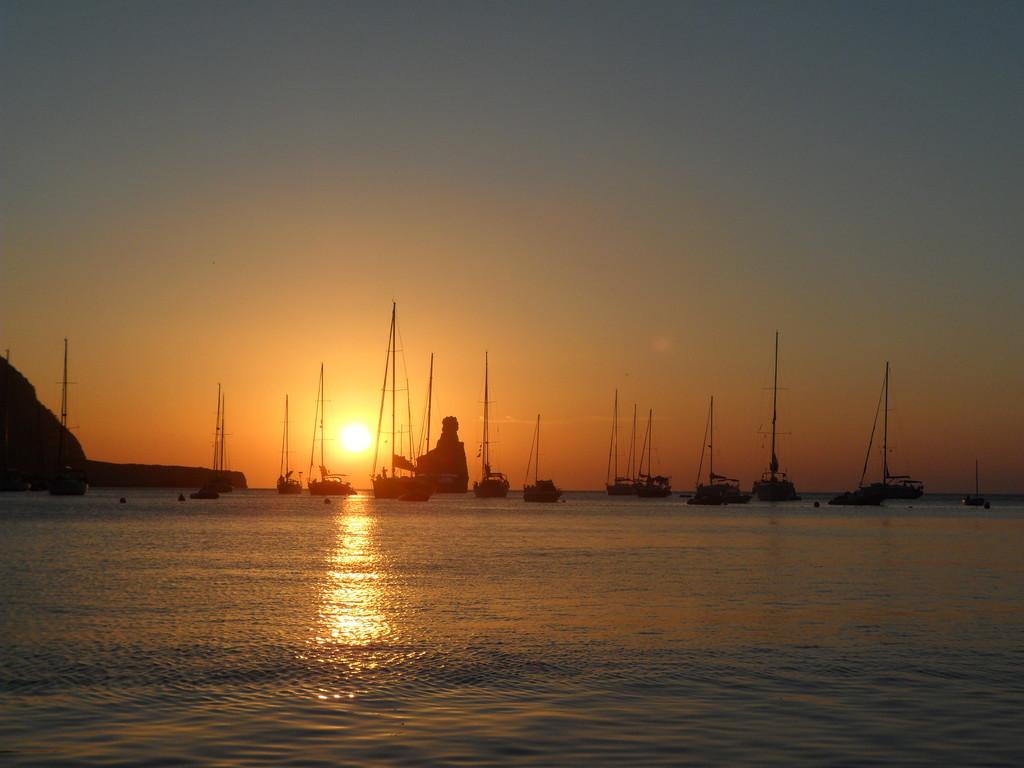 leternel-coucher-de-soleil-e9d60ca39dc95