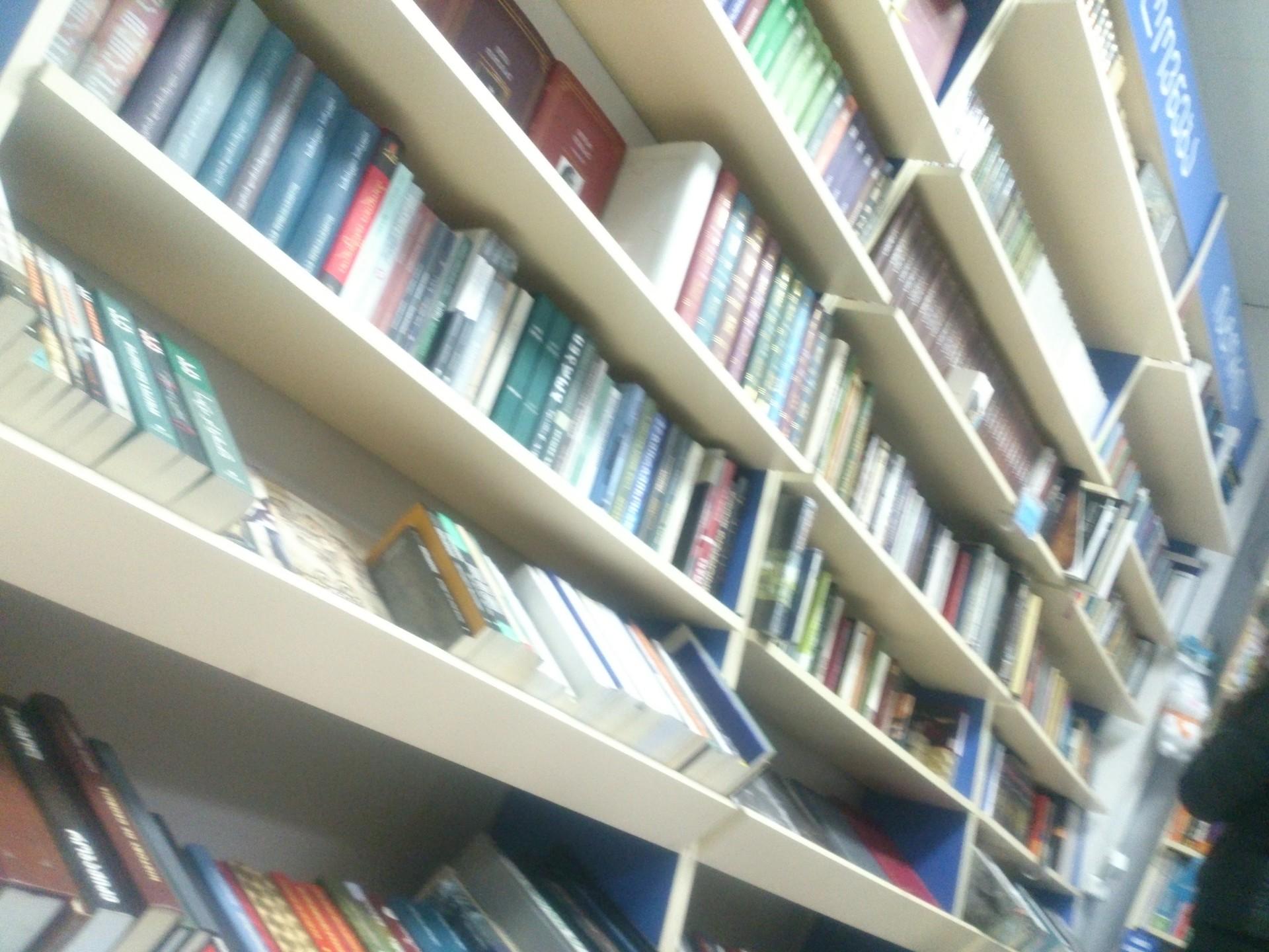 Librería Biblusi