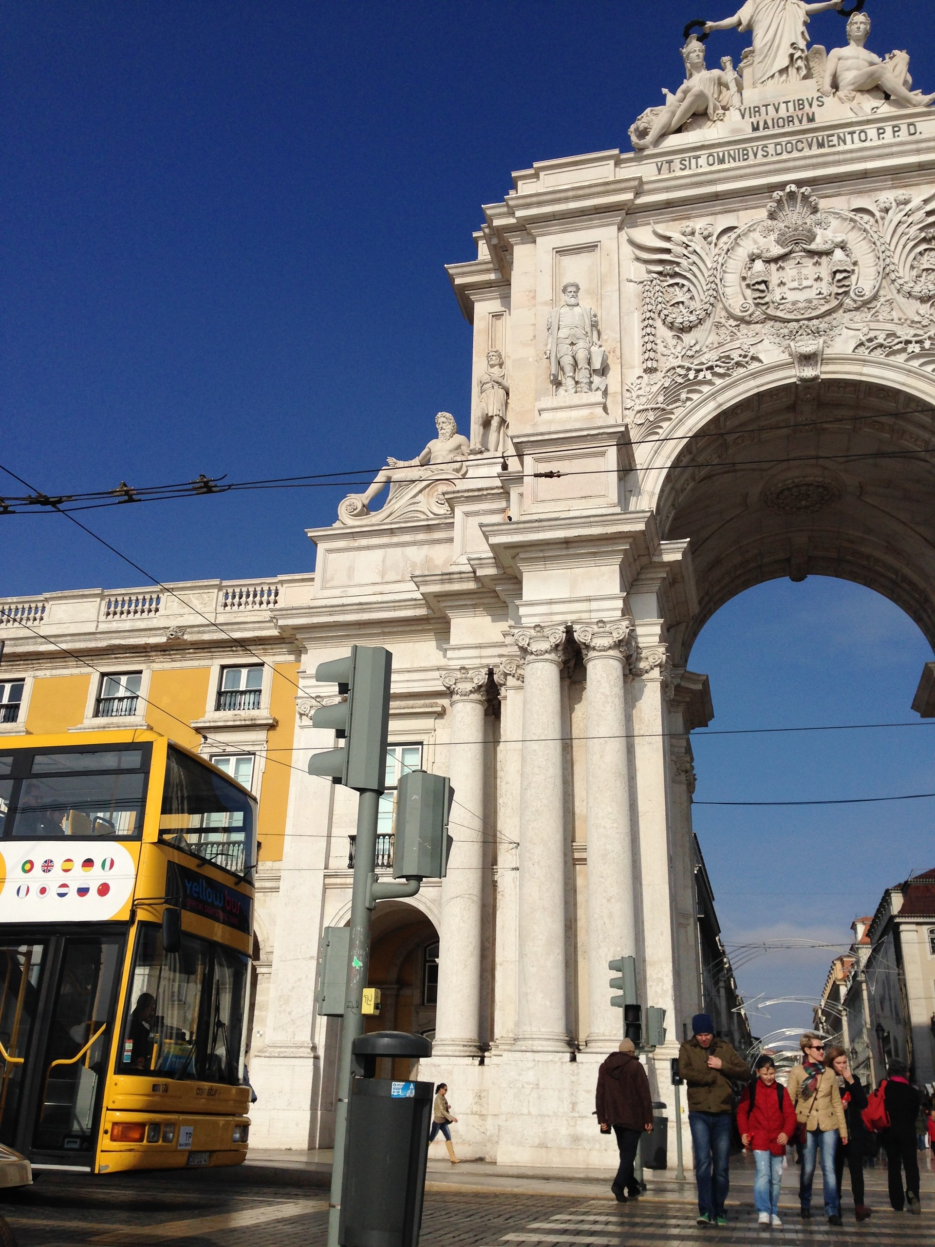 lisbonz-dintorni-piazza-commercio-2dfe85