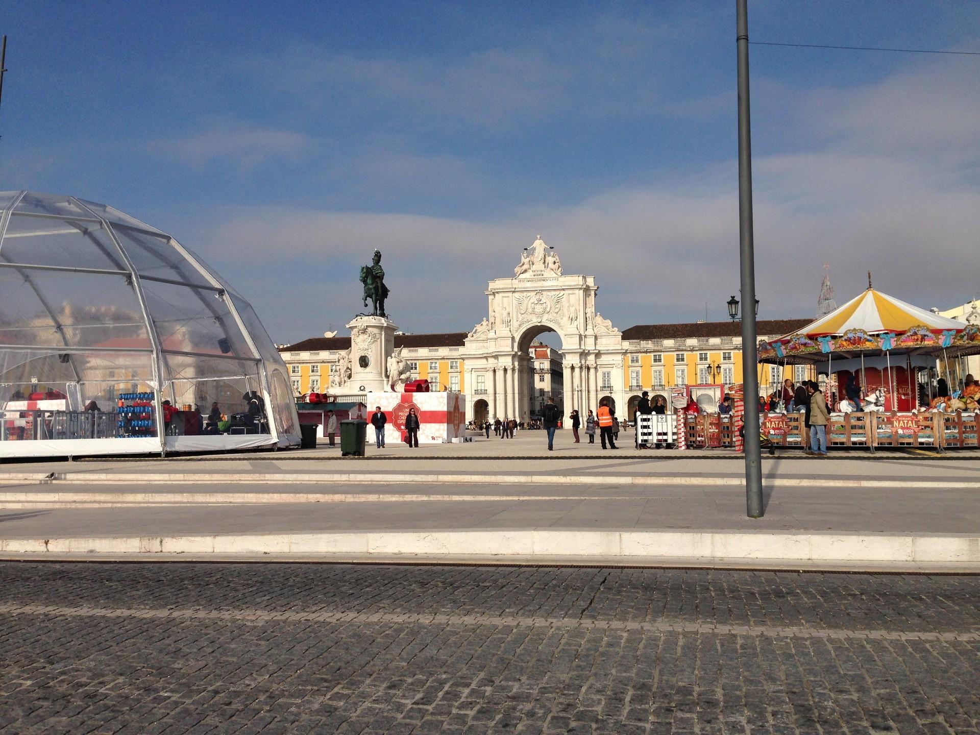 lisbonz-dintorni-piazza-commercio-f393c6