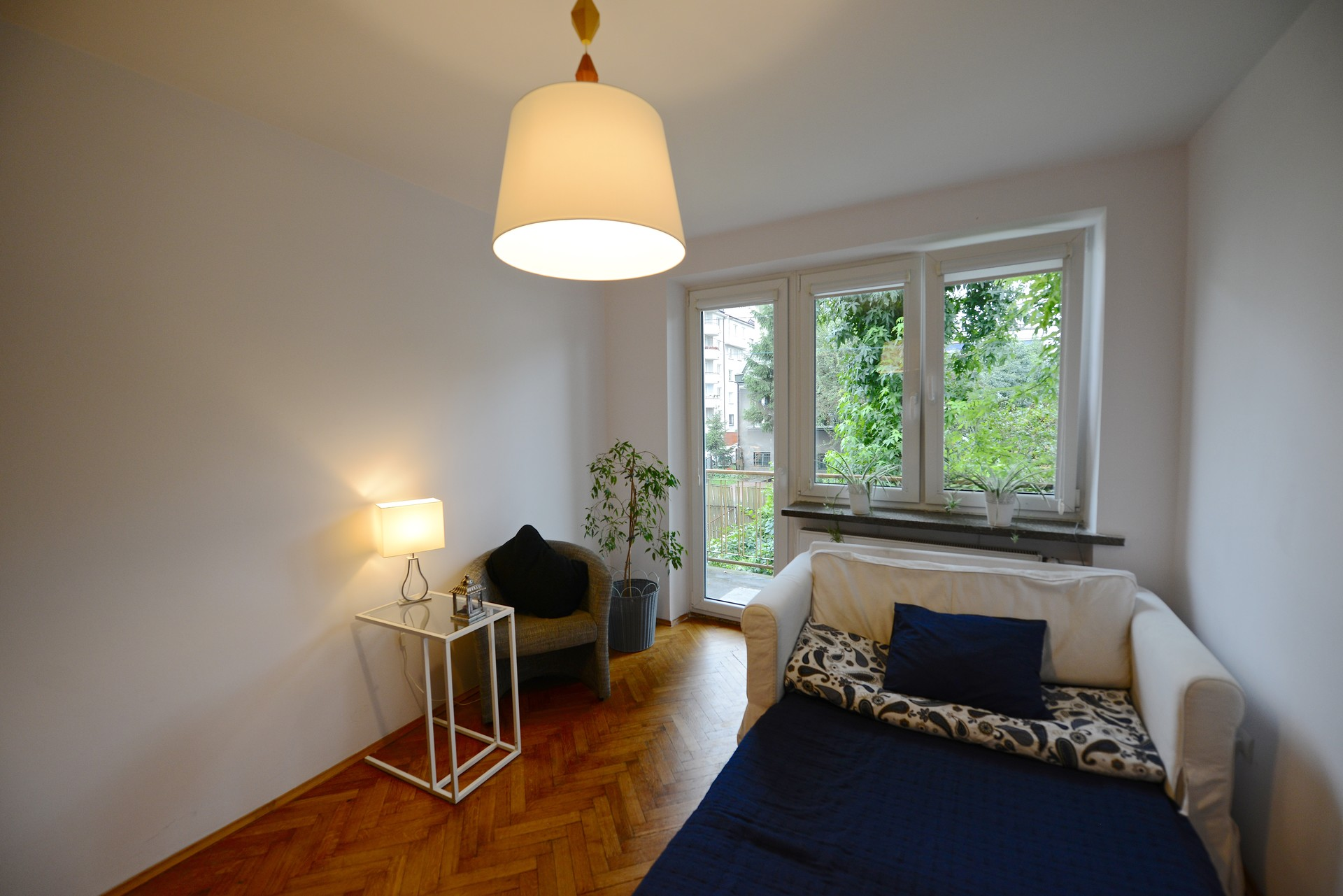 Live like a local near the city center of Cracow!