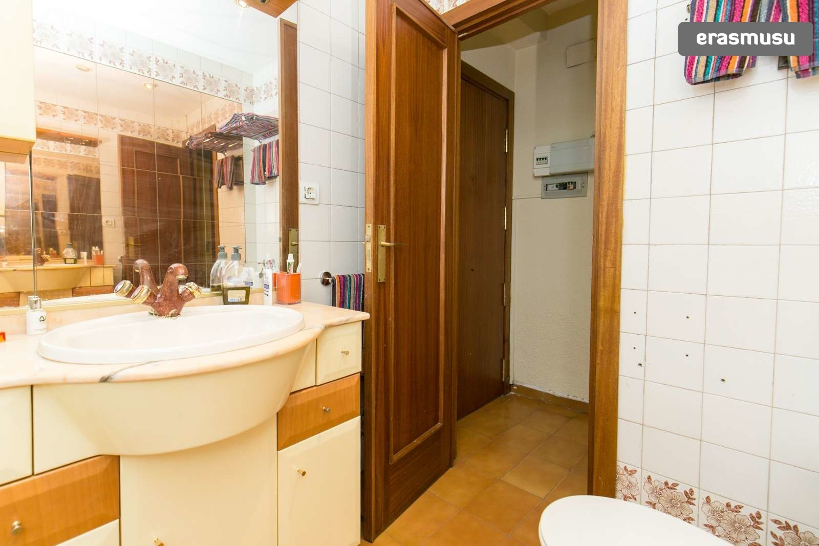 lovely-2-bedroom-apartment-rent-realejo-granada-b92c45a85facde92