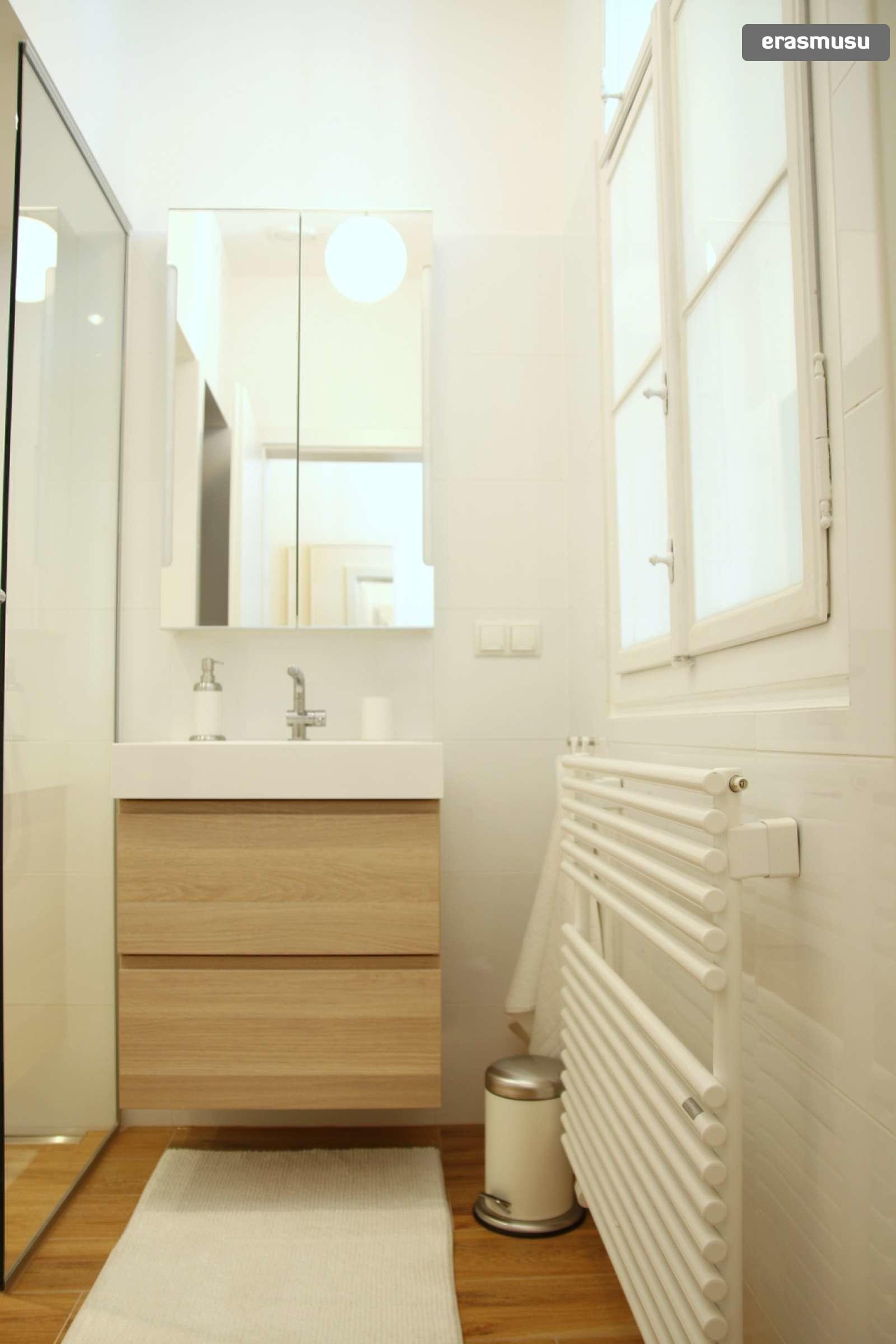 lovely-studio-apartment-rent-wahring-a2a0da2eb1d475b8f51c59ac38c