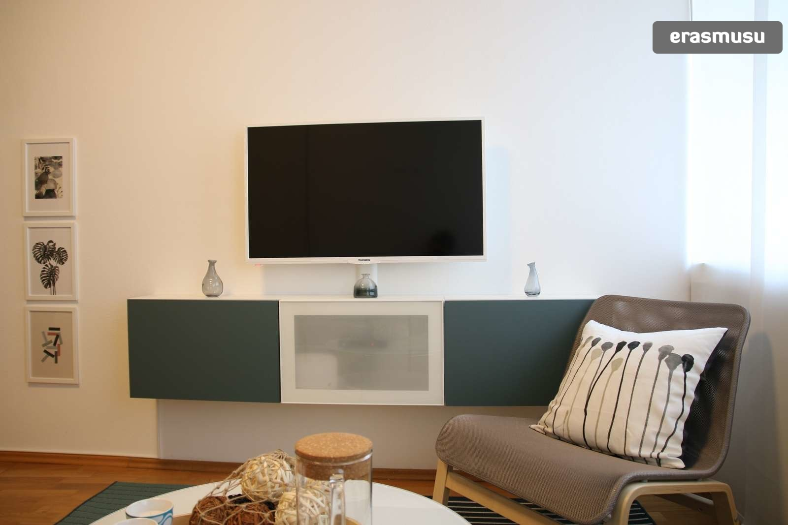 lovely-studio-apartment-rent-wahring-af0a3946cedfdea576276eeaefe